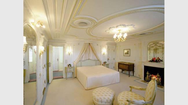 purer luxus auf den kreuzfahrten. Black Bedroom Furniture Sets. Home Design Ideas